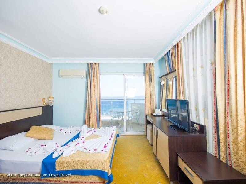 Фотография First Class Hotel