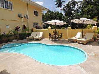 Reef Holiday Apartment 2*
