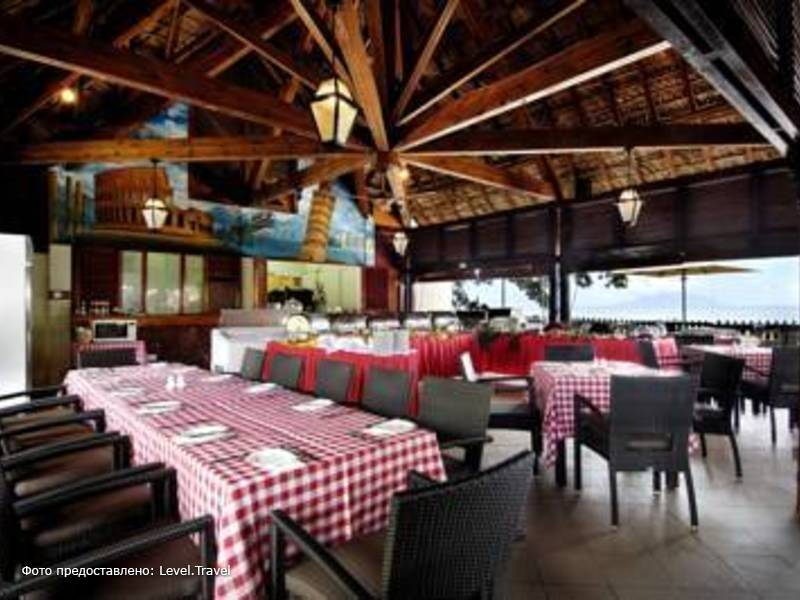 Фотография Berjaya Beau Vallon Bay Beach Resort & Casino