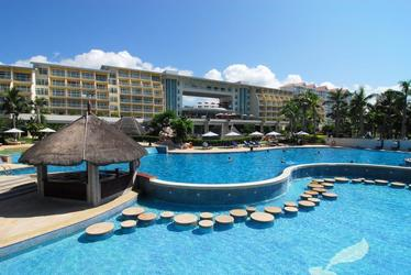 Wanjia Hotel Sanya Resort (Ex.Days Hotel & Suites Resort) 4*