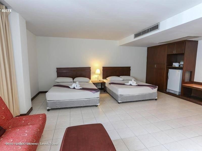 Фотография Crown Pattaya Beach Hotel