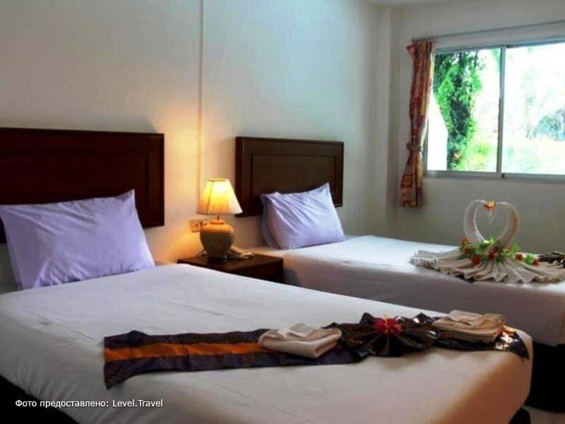 Фотография Kamala Beach Inn Hotel