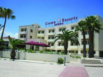 Crown Resort Henipa 3*