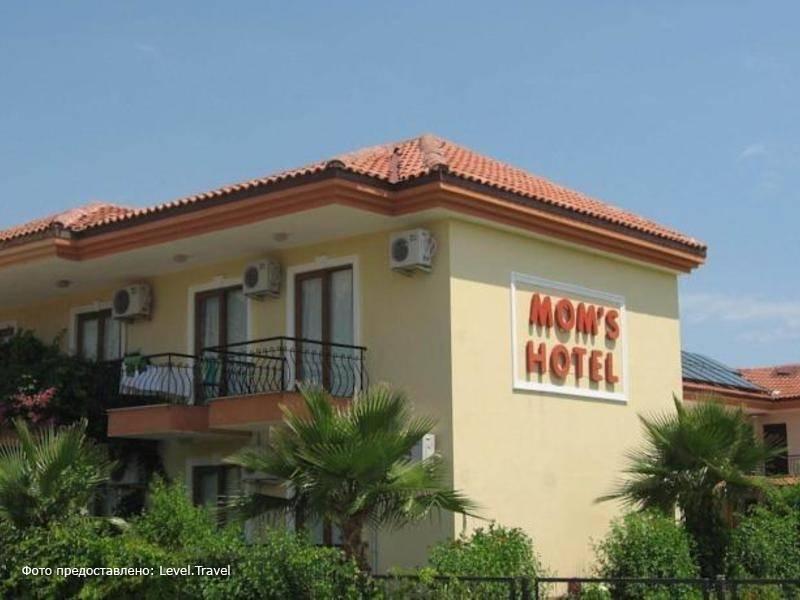 Фотография Moms Hotel