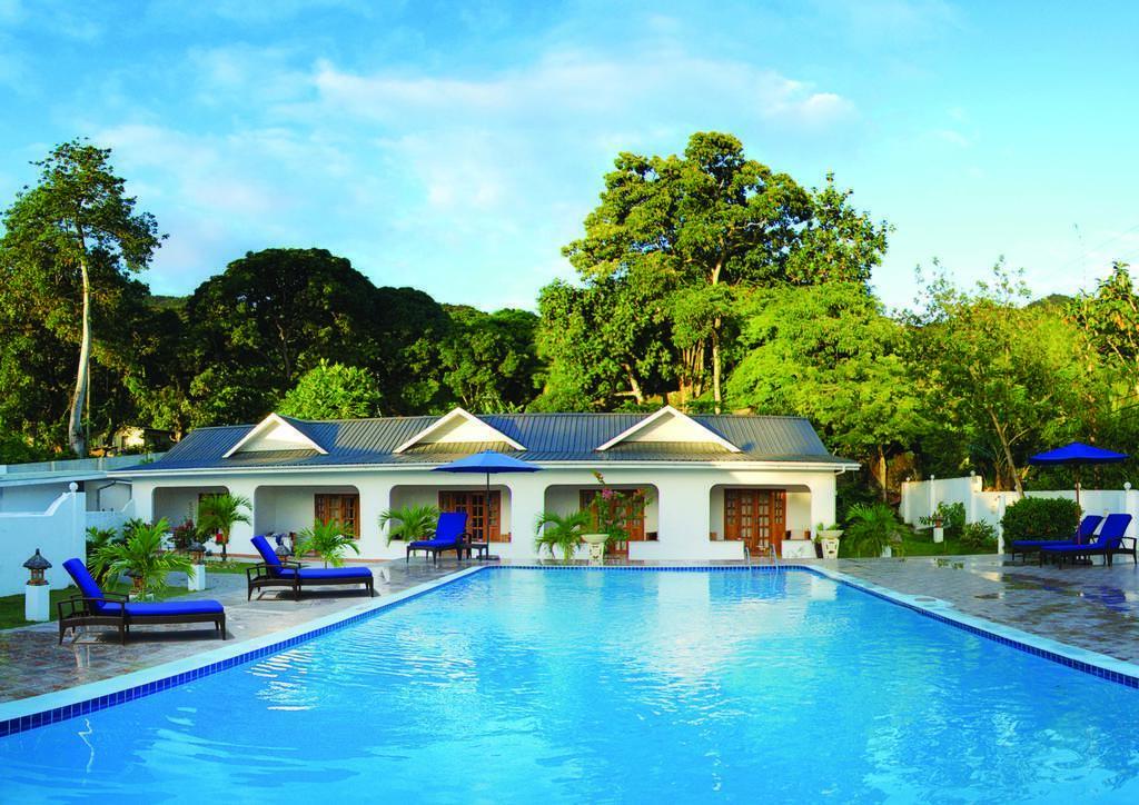 Отель The Britannia Hotel, Праслен, Сейшельские Острова
