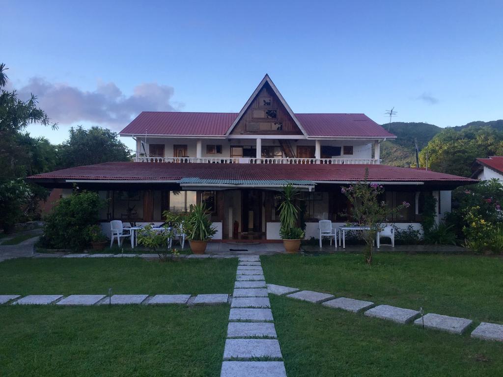 Отель Amitie Chalets, Праслен, Сейшельские Острова