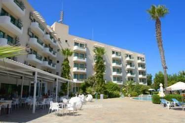 Artemis Hotel Apts 3*