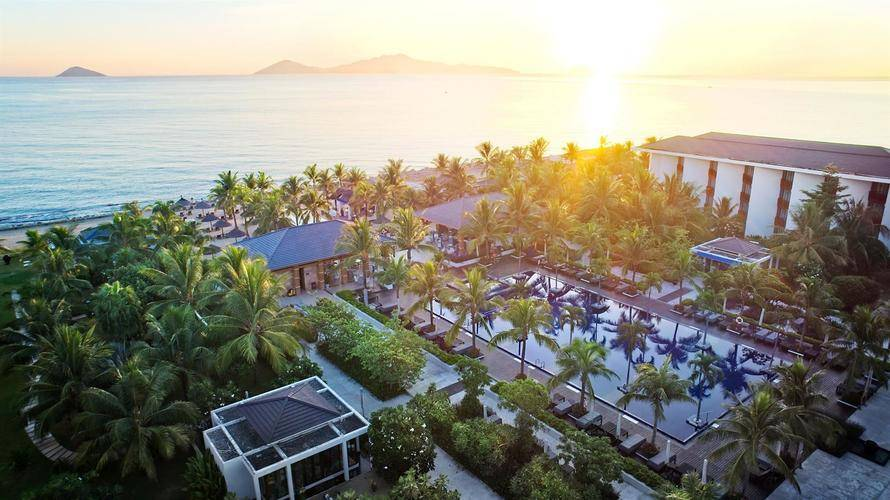 Sunrise Premium Resort & Spa Hoi An