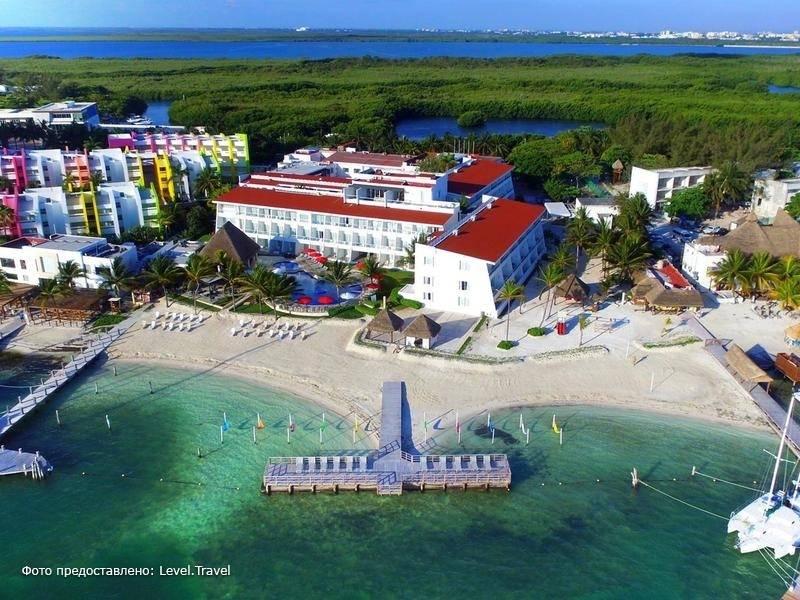 Фотография Cancun Bay
