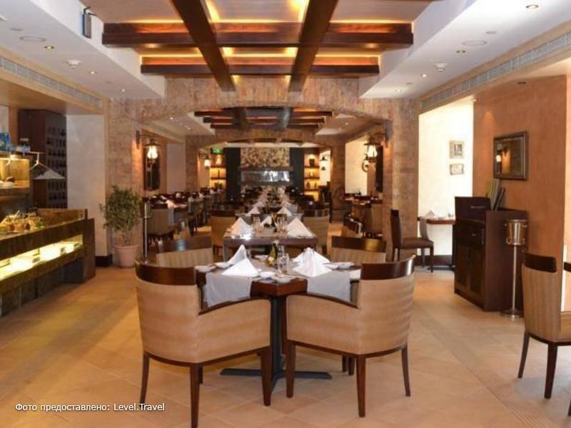 Фотография Crowne Plaza Abu Dhabi
