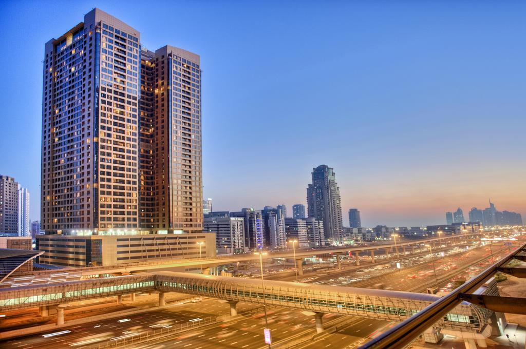 Отель Mercure Hotels Suites Apartments, Дубай, ОАЭ