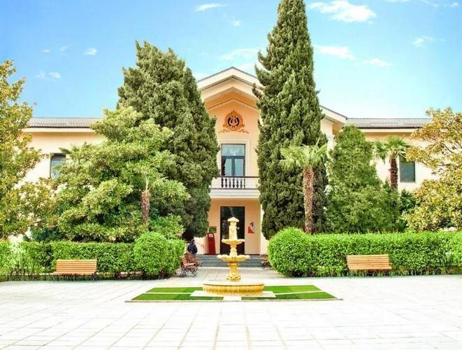 Golden Hotel (Ex. Курортный Комплекс Золотой Колос)