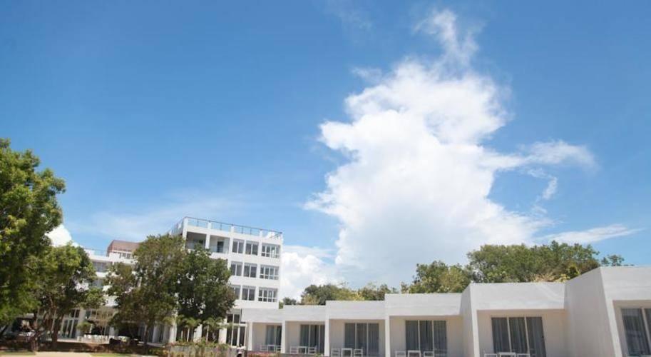 Anilana Nilaveli Resort Hotel