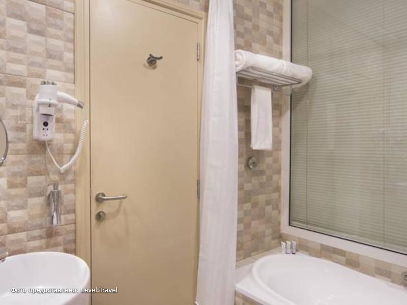 Фотография Reflections Hotel