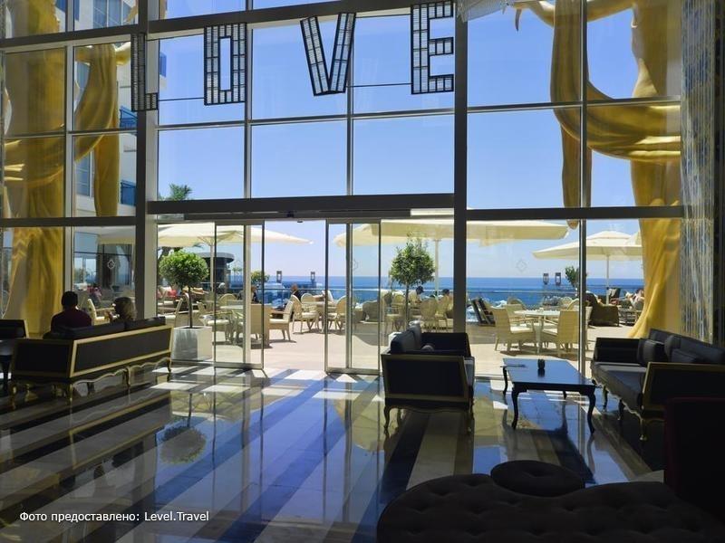 Фотография Azura Deluxe Resort & Spa
