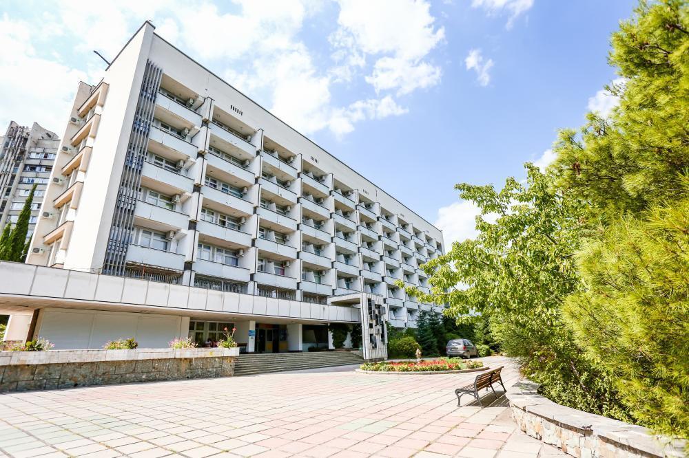 Отель Алуштинский Санаторий, Алушта, Россия