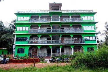 Laxmi Palace Resort 2*