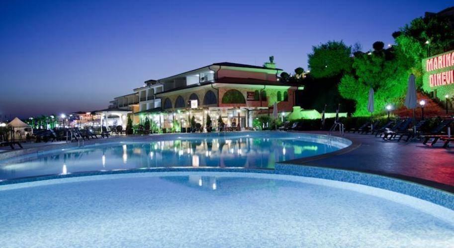 Palace Marina Dinevi Hotel