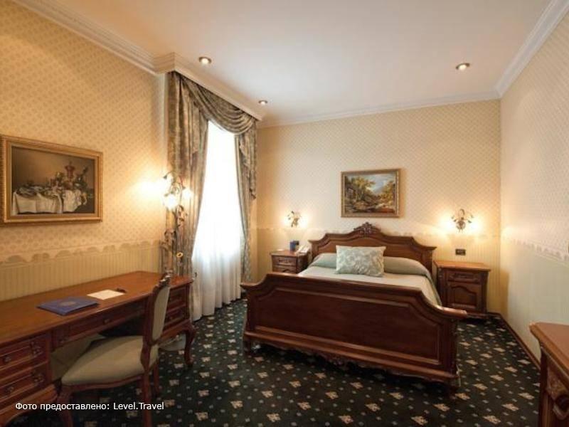 Фотография Grand Hotel London