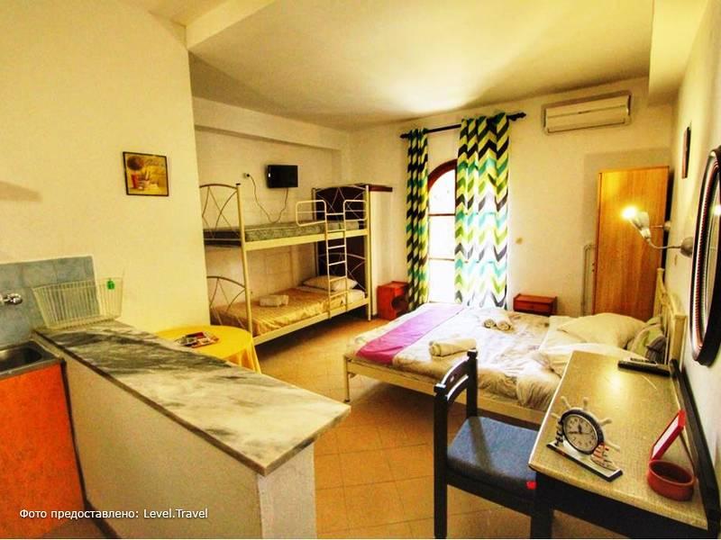 Фотография Avra Budget Beach Hotel