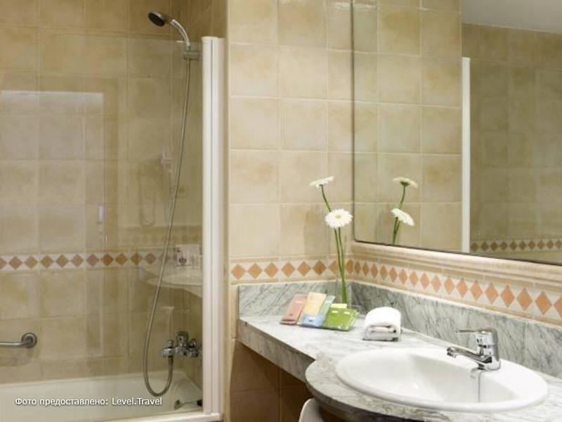 Фотография H10 Mediterranean Village Hotel