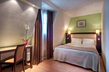 Faubourg 216 224 Hotel 3*