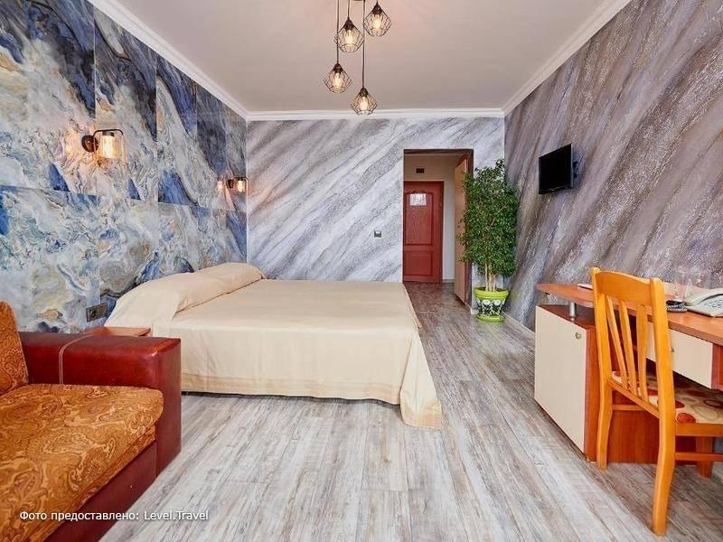 Фотография St. Peter & Pavel Hotel