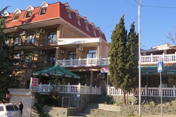 Отель Гостиница Южная Ночь, Алушта, Россия