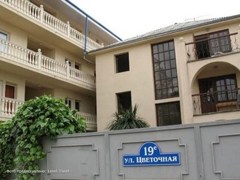 Фотография Отель Цветочная
