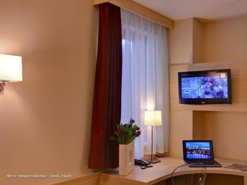 Фотография Voyage Hotel