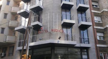 Medicis Hotel 2*