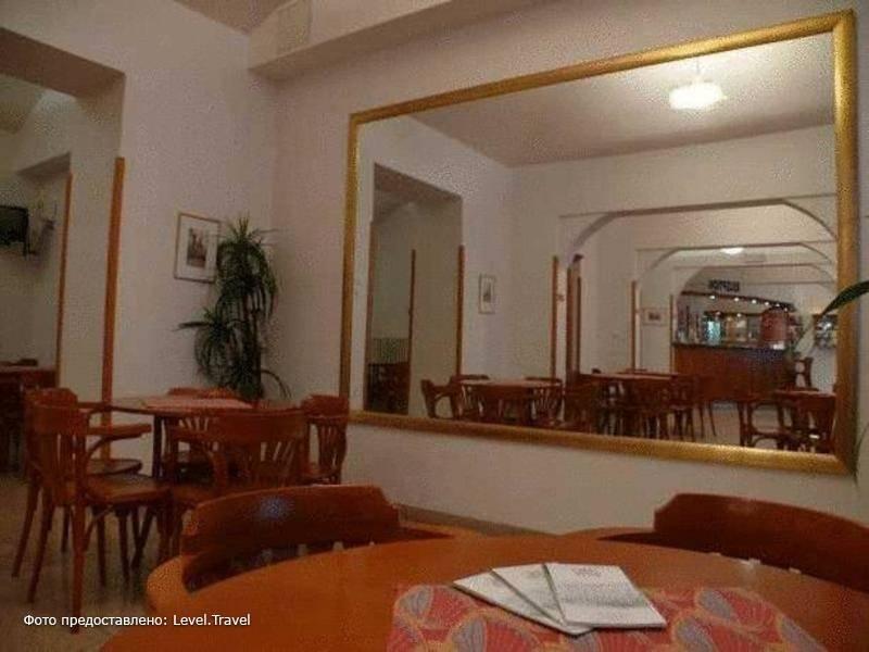 Фотография City Club Hotel