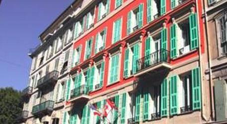 Crillon Hotel 3*
