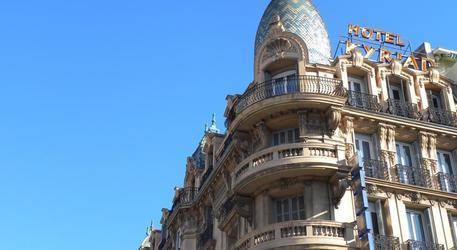Kyriad Gare Hotel 3*