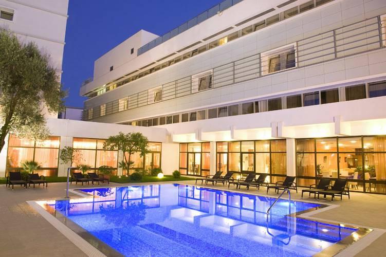 Lero Hotel