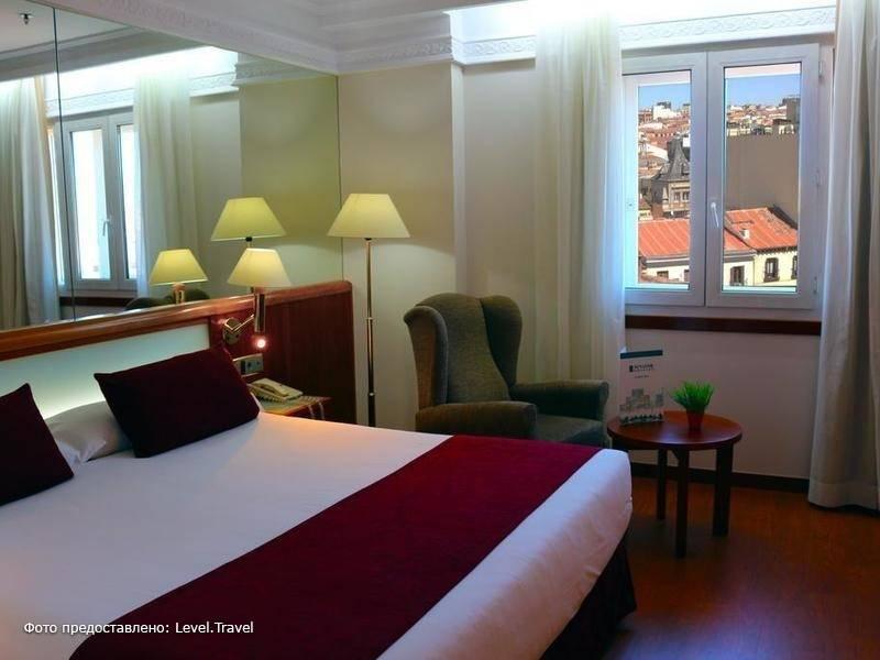Фотография Senator Gran Via 70 Hotel