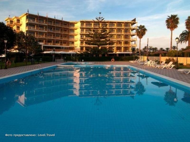 Фотография Almirante Hotel