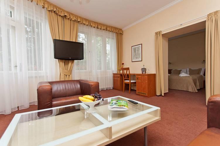 Bellevue Tlapak Hotel
