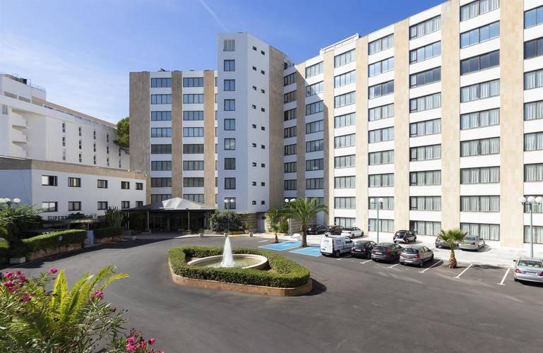 Beverly Playa Hotel