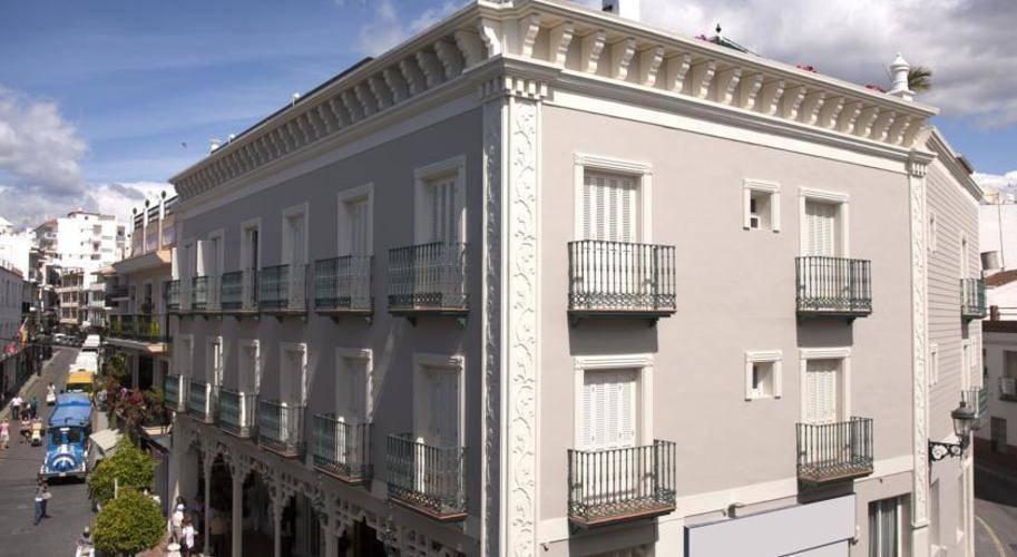 Plaza Cavana Hotel