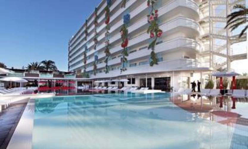 Ushuaia Ibiza Beach Hotel (Adults Only 18+)