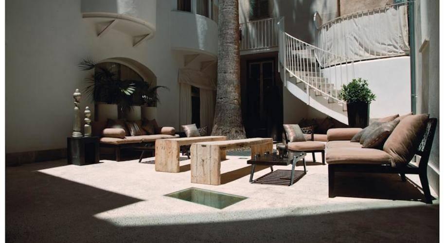 Puro Hotel