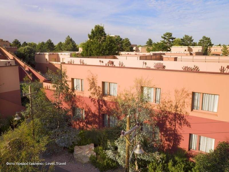 Фотография Disney'S Hotel Santa Fe