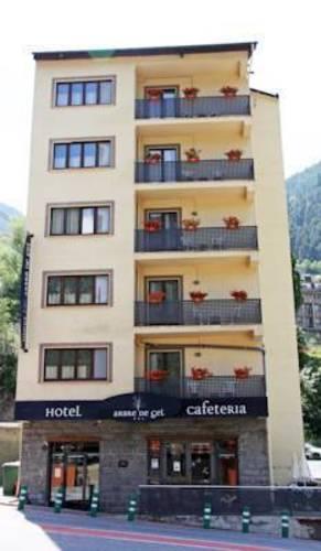 Arbre De Gel Hotel