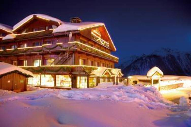 Rond Point Des Pistes Grand Hotel