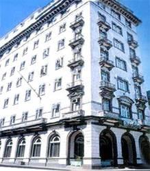 Lincoln Hotel 2*