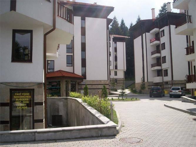 Flora Main Building
