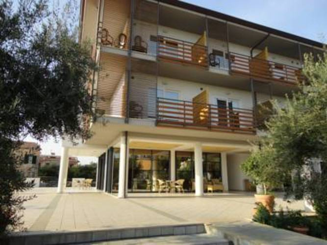 Elaia Grand Hotel