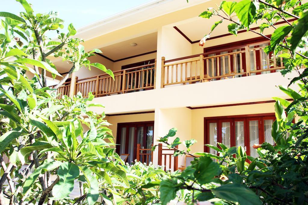 Отель Pirogue Lodge, Праслен, Сейшельские Острова