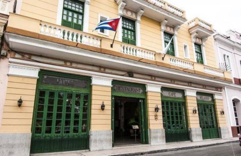 E Velasco Hotel